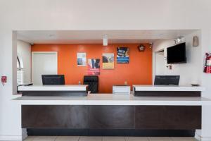 Motel 6 San Antonio - Fiesta Trails, Мотели  Сан-Антонио - big - 20