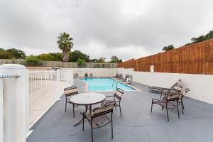 Motel 6 San Antonio - Fiesta Trails, Motely  San Antonio - big - 40