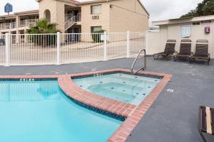 Motel 6 San Antonio - Fiesta Trails, Мотели  Сан-Антонио - big - 21