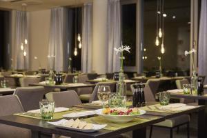 H4 Hotel Kassel, Hotely  Kassel - big - 38