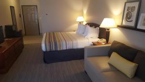 Country Inn & Suites by Radisson, Bryant (Little Rock), AR, Szállodák  Bryant - big - 53