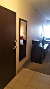 Country Inn & Suites by Radisson, Bryant (Little Rock), AR, Szállodák  Bryant - big - 42