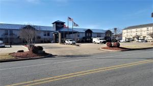 Country Inn & Suites by Radisson, Bryant (Little Rock), AR, Hotels  Bryant - big - 43