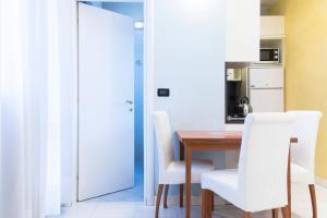 Gardino Suite Home - AbcAlberghi.com