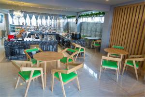 IBIS Styles Nantong Development Zone Shimao Plaza, Hotely  Nantong - big - 12