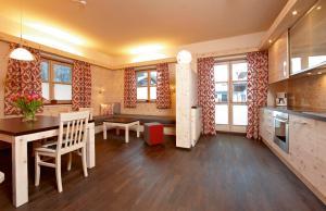 Ferienhaus Magdalena - Apartment - Mittenwald