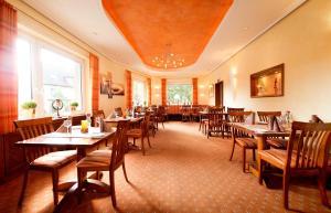 Hotel Schmidt Mönnikes, Отели  Бохум - big - 11