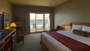 Long Beach Lodge Resort - Accommodation - Tofino