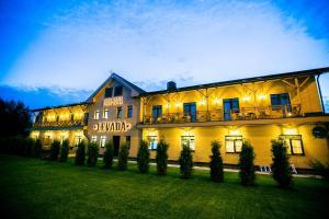 Отель Levada