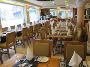 Park Hotel and Apartments, Hotely  Sliema - big - 38