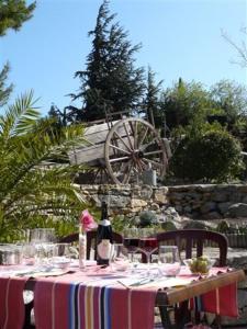 Auberge la Table du Curé - سانت-باول-ديه-فينويليت