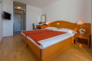 Hotel International, Hotels  Crikvenica - big - 11
