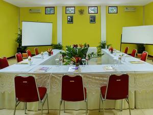 Margo Utomo Hill View Resort, Комплексы для отдыха с коттеджами/бунгало  Kalibaru - big - 36