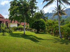 Margo Utomo Hill View Resort, Комплексы для отдыха с коттеджами/бунгало  Kalibaru - big - 24