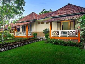 Margo Utomo Hill View Resort, Комплексы для отдыха с коттеджами/бунгало  Kalibaru - big - 23