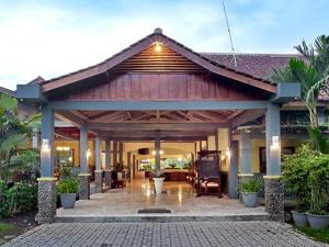 Margo Utomo Hill View Resort, Комплексы для отдыха с коттеджами/бунгало  Kalibaru - big - 22