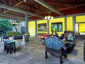 Margo Utomo Hill View Resort, Комплексы для отдыха с коттеджами/бунгало  Kalibaru - big - 49
