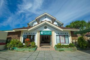 . Crystal Green Hotel