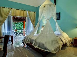 Margo Utomo Hill View Resort, Комплексы для отдыха с коттеджами/бунгало  Kalibaru - big - 64