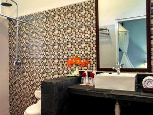 Margo Utomo Hill View Resort, Комплексы для отдыха с коттеджами/бунгало  Kalibaru - big - 63