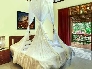 Margo Utomo Hill View Resort, Комплексы для отдыха с коттеджами/бунгало  Kalibaru - big - 62