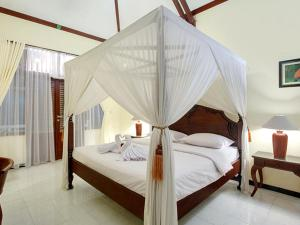 Margo Utomo Hill View Resort, Комплексы для отдыха с коттеджами/бунгало  Kalibaru - big - 59