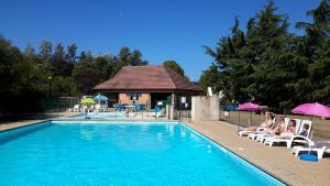 Location gîte, chambres d'hotes Camping de Saulieu dans le département Côte d'or 21