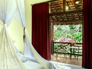 Margo Utomo Hill View Resort, Комплексы для отдыха с коттеджами/бунгало  Kalibaru - big - 54
