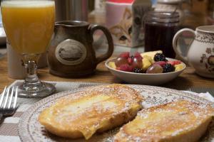 Munro House Bed and Breakfast - Accommodation - Jonesville