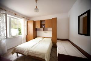 Apartments Vila Miranda, Apartmanok  Barbat na Rabu - big - 18