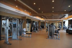 Sovereign Hotel Zhanjiang, Resort  Zhanjiang - big - 11