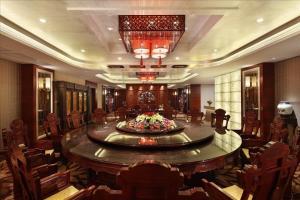 Sovereign Hotel Zhanjiang, Resort  Zhanjiang - big - 21