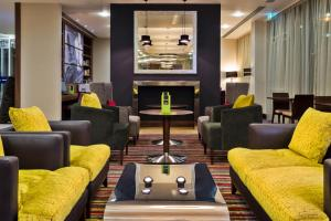 Hampton by Hilton Luton Airport (15 of 24)