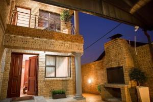 Ekuthuleni Guest House - Soweto, Penzióny  Johannesburg - big - 20