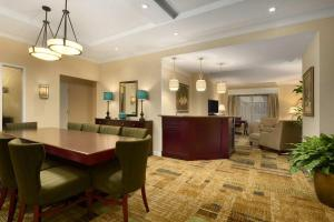 Embassy Suites Orlando Lake Buena Vista South, Hotels  Kissimmee - big - 12
