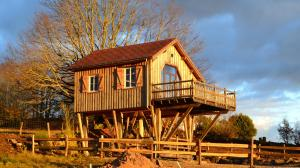 Location gîte, chambres d'hotes Les cabanes des Fontaines dans le département Saône et Loire 71