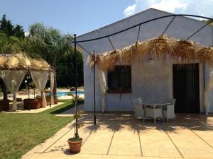 Villa Azolata B&B, Bed and Breakfasts  Partinico - big - 49