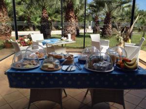 Villa Azolata B&B, Bed and Breakfasts  Partinico - big - 22