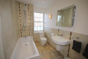 Potterrow - Edinburgh City Apartment, Apartmanok  Edinburgh - big - 5