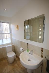 Potterrow - Edinburgh City Apartment, Apartmanok  Edinburgh - big - 21