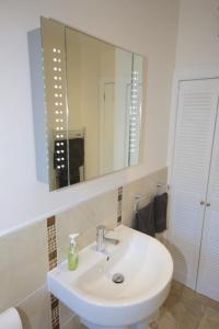 Potterrow - Edinburgh City Apartment, Apartmanok  Edinburgh - big - 29
