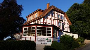 Landgasthaus Zu den Erdfällen - Aerzen