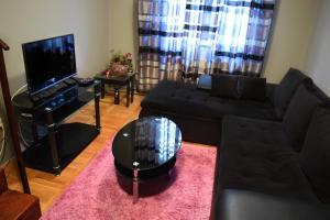 Dunavska Duplex Apartment, Apartmanok  Újvidék - big - 1