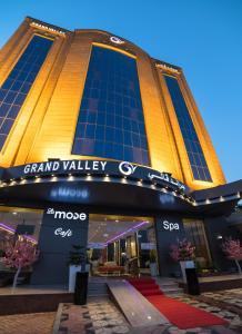 Ostelli e Alberghi - Grand Valley Hotel
