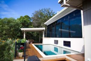 Mountain Studio with ocean & bush views