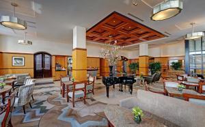 Hotel Giraffe (2 of 44)