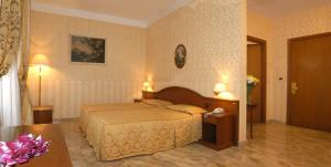 Orazia Hotel - AbcAlberghi.com