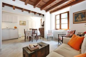 Carmine Apartment - AbcAlberghi.com