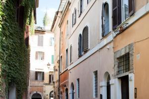 Studio Vicolo de Renzi Trastevere