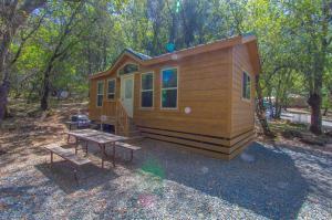 Oakzanita Springs Camping Resort Cottage 4 - Descanso